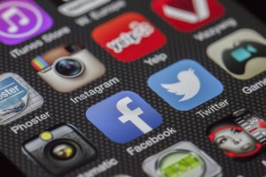 twitter-facebook-together-exchange-of-information-147413